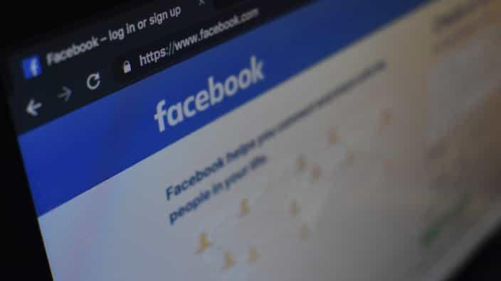 Facebook Website Splash